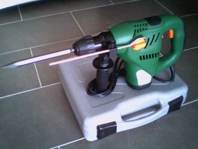 Click picture for an enlargement, small photo of rotary hammer.